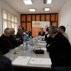 Фото вест: Са састанка Извршног одбора Покрета за ПРЕОКРЕТ на коме је донета одлука о подршци Вуку Јеремићу