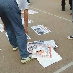 KURIR: PET GODINA PROPADANJA: Labanov čovek šutirao eksponate i gužvao plakate Pokreta za preokret