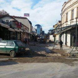 """Покрет за ПРЕОКРЕТ се противи уклањању коцке из Казанџијског сокака у Нишу """"Ако кафански столови одређују изглед улица – нису нам потребни урбанисти"""""""