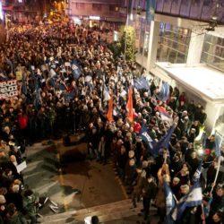 DANAS – Protest opozicije: Javni servis postao razglas Vučića