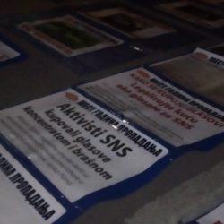 """DANAS: Izložba SZS ispred RTV Vojvodine o """"sakrivenoj stvarnosti"""" Srbije"""