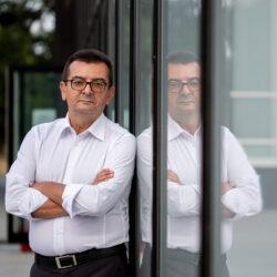Веселиновић: Режим је већину националних савета претворио у огранке СНС-а