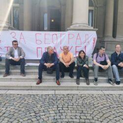 "ФОТО: Преокрет за Београд – ""доста пљачке"""